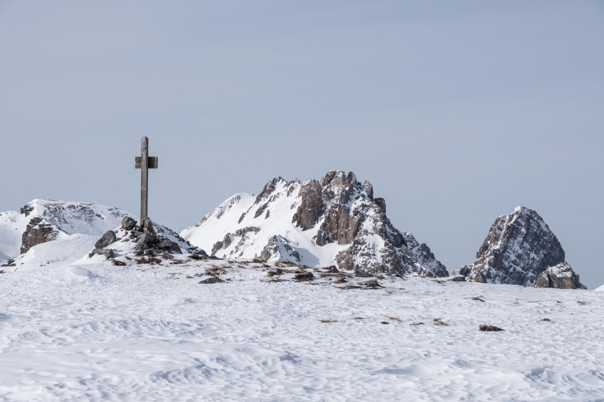 Cima Fauniera con il Becco Grande e Rocca la Meja sul fondo