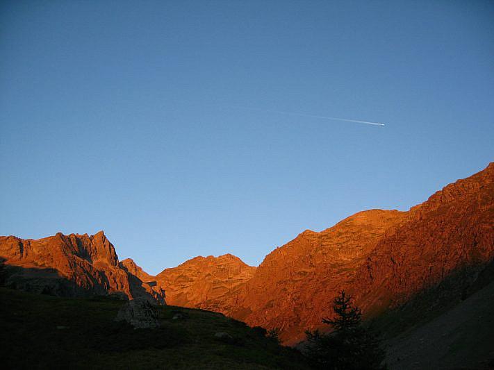 L'alba nel Vallone superiore dell'Ischiator