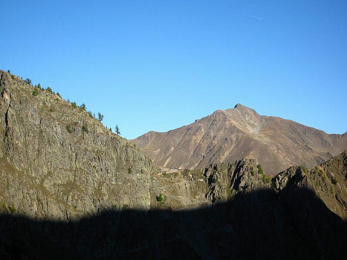 Il Passo Sottano di Scolettas (2223 m) e il Colle di Stau (2500 m)