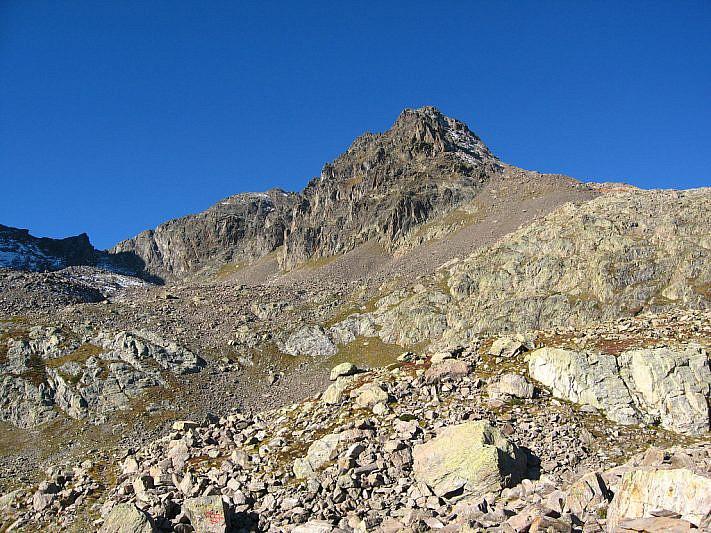 Salendo verso la Cima nord di Schiantalà (2931 m)