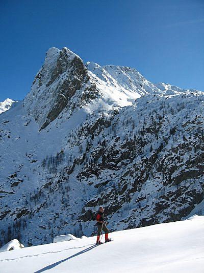 Sotto la Rocca larga del Peiron (2520 m)