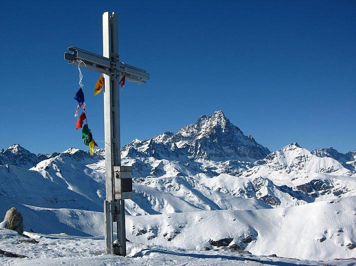 Bellissimo panorama sul Monviso (3841 m)