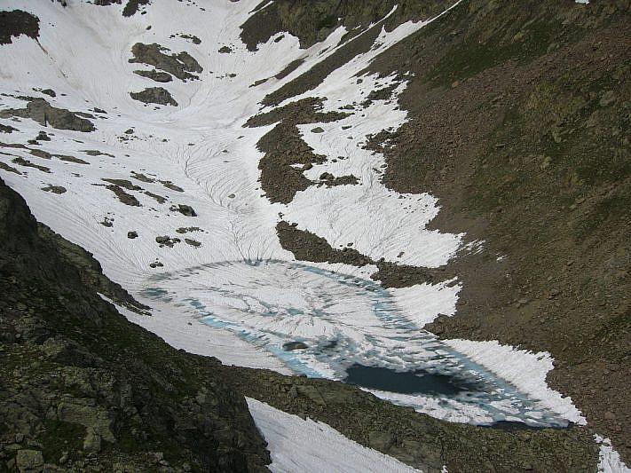 Il lago della Rocca Rossa