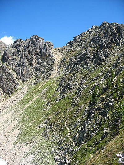 Il Colle Aver (2585 m) dal Colle S. Giovanni