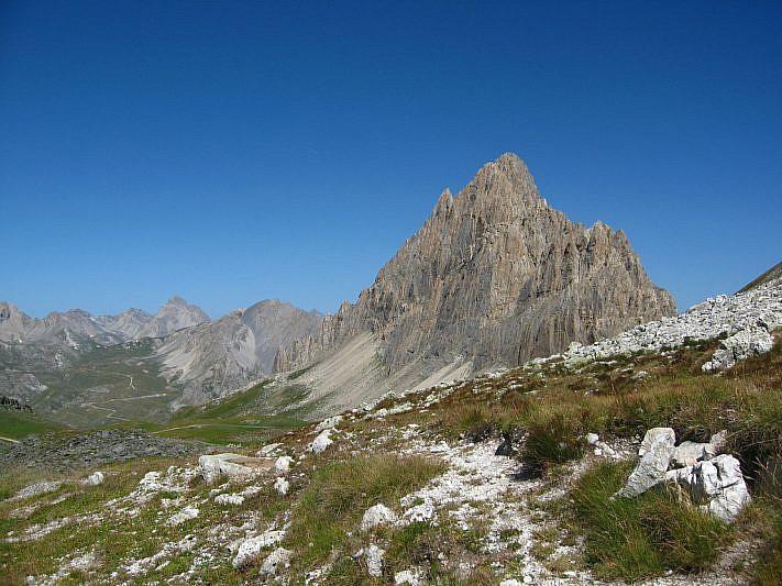 Rocca la Meja fotografata dal colle d'Ancoccia (2533 m)