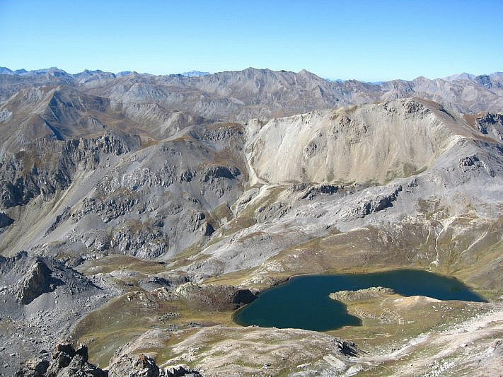 Lago superiore di Roburent visto dalla cima
