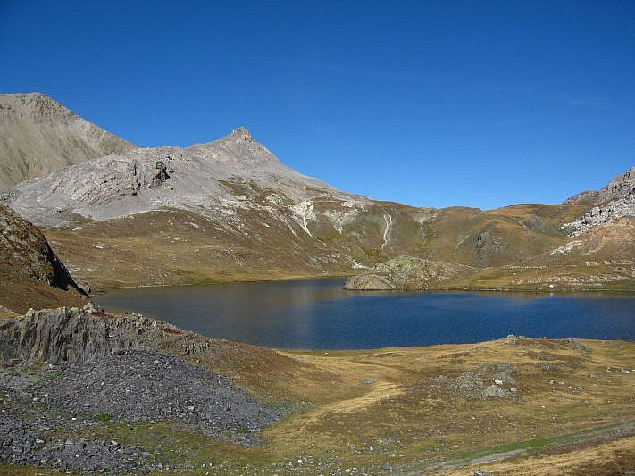 Il lago superiore di Roburent (2426 m)