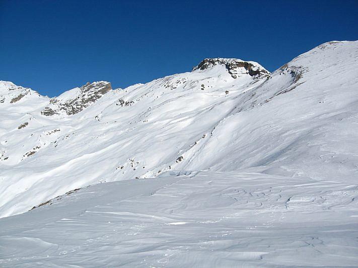 Dalla Cima del Monte Cappel verso il Ruissas (al centro)