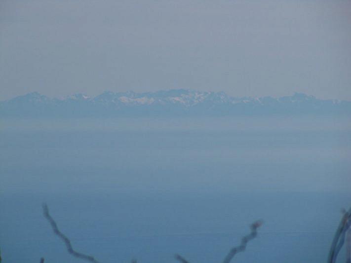 La Corsica avvicinata con il teleobiettivo