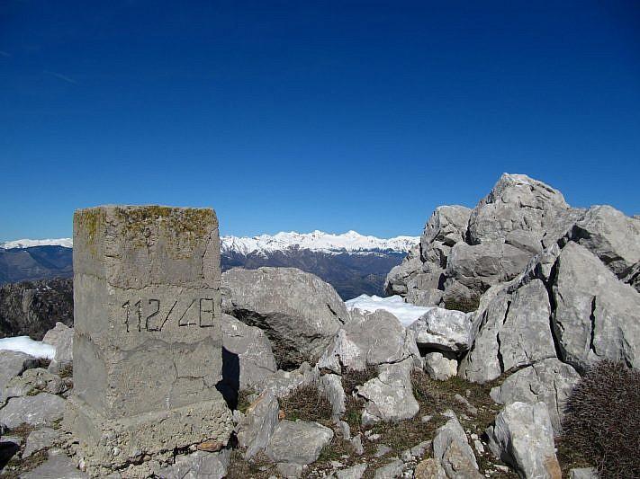 Sguardo lontano sulle nostre montagne