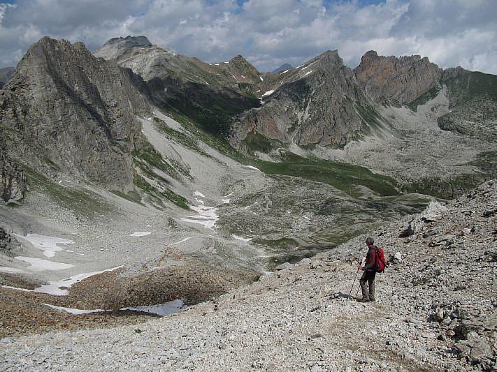 Vista dal Passo ovest su Marchisa e Rocca Gialeo
