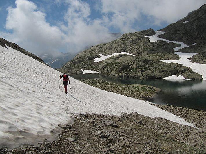 In discesa dal lago superiore del Lausfer