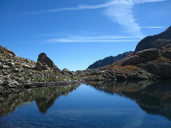 Sulle sponde del Lago Carbonè