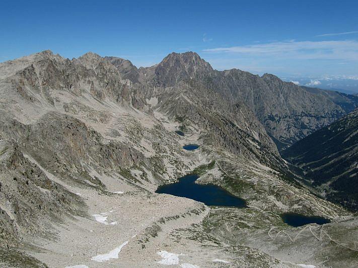 Panoramica dei laghi dalla Cima di Fremamorta (2731 m)