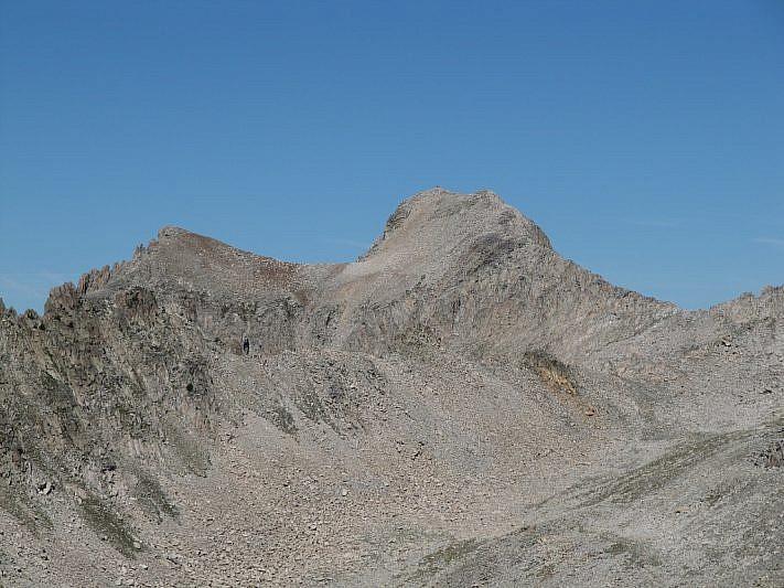 Zoom sulla Testa di Tablasses (2851 m) dalla cima di Fremamorta