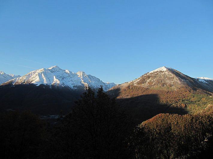Uno sguardo sulle montagne a sud