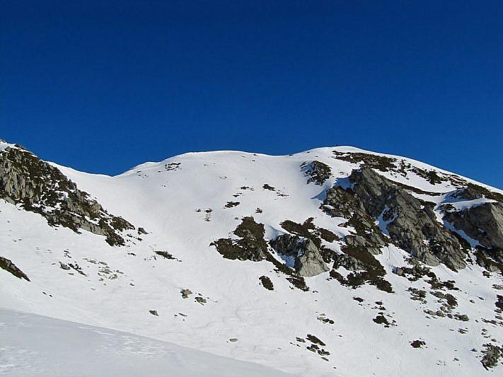 A destra, il monte Borel
