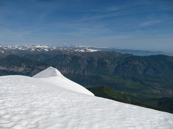 Dalla cima del Bourel verso la Valle Stura
