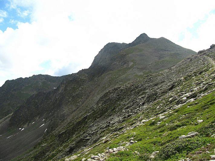 Le cime dell'Autaret, viste dai pressi del Passo di Collalunga