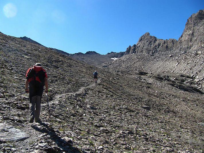 In salita verso la Sella d'Asti, al fondo a sinistra del Pic
