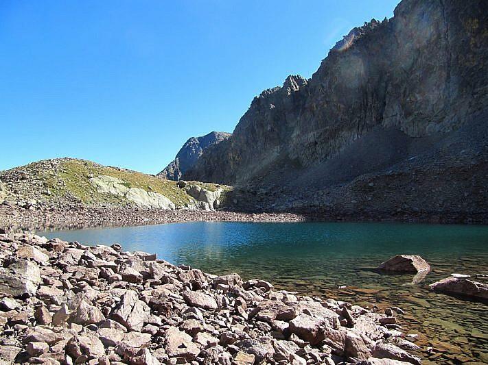 Il lago visto da un'altra angolazione