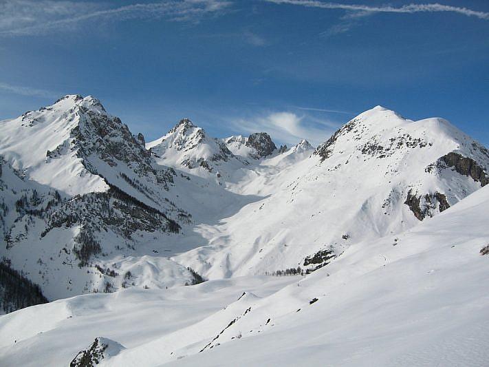 Testa del Vallone del Serour (foto scattata d'inverno dal gias Viribianc sup.)
