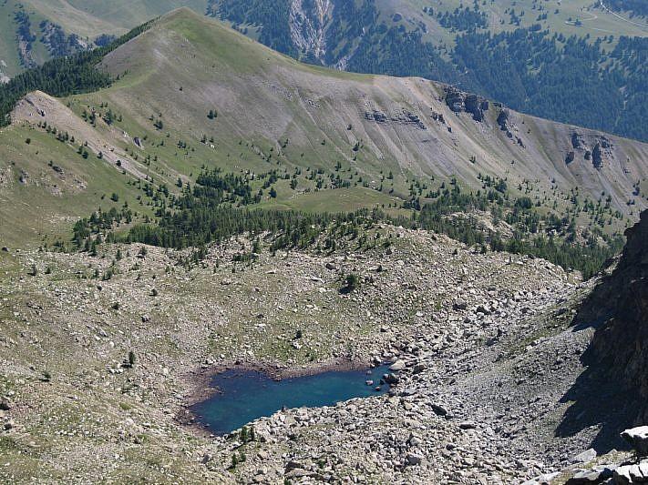 Secondo lago di S.te Marie al fondo della scarpata