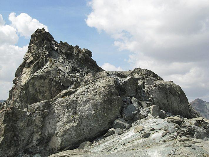 La cima sud-ovest della Rocca Bianca (3064 m)