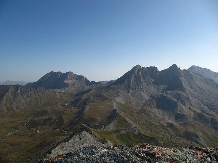 Dalla Punta dell'Alp veduta su Crête de la Taillante, Pan di Zucchero e Pic d'Asti