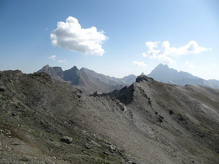 Dal Pelvo si noti, al termine della cresta, la Punta dell'Alp salita in precedenza