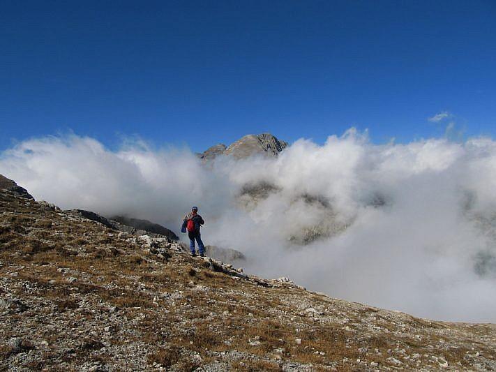 Il monte Bego comincia a trasparire