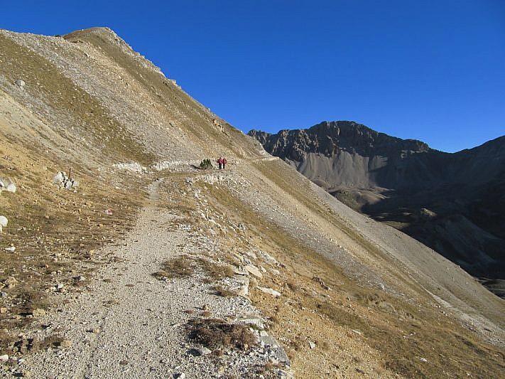 Sulla strada che si inoltra verso il Passo di Rocca Brancia
