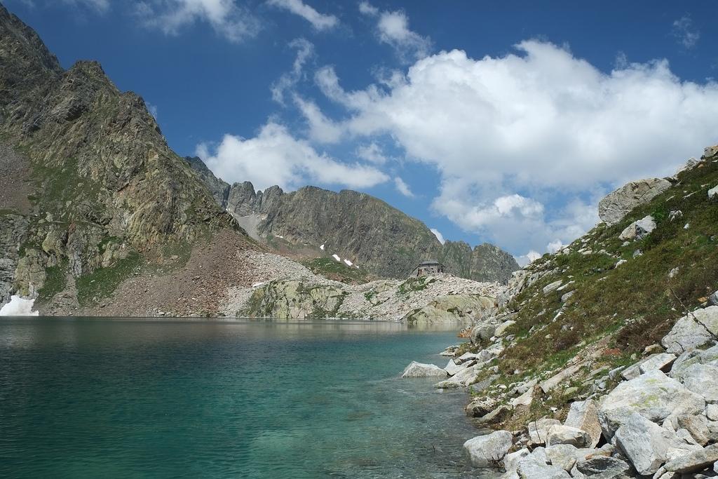 Anello lago di Valscura – Rifugio Questa