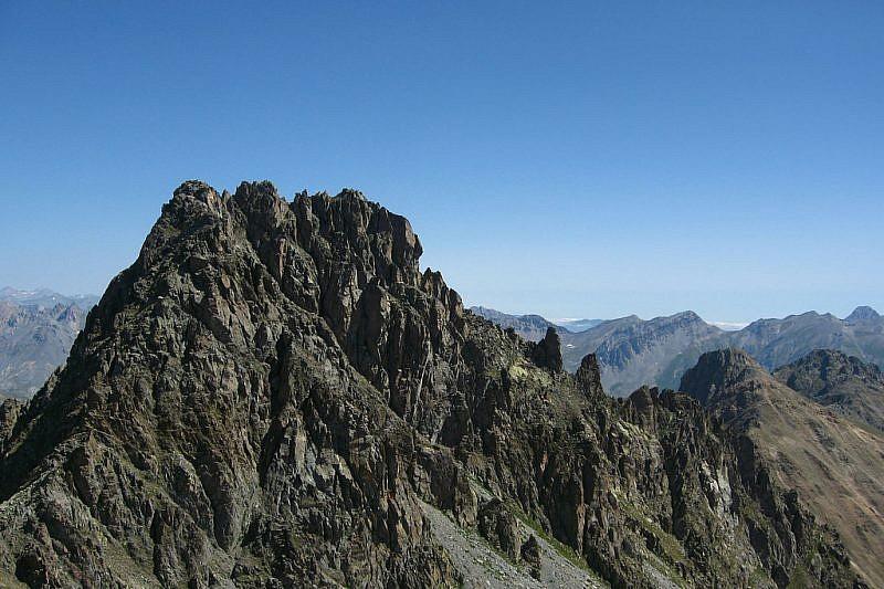 Il Monte Peiron visto dai pressi del Colle di Panieris