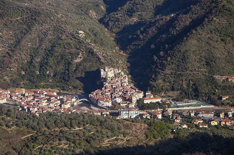 Dolceacqua e il castello dei Doria
