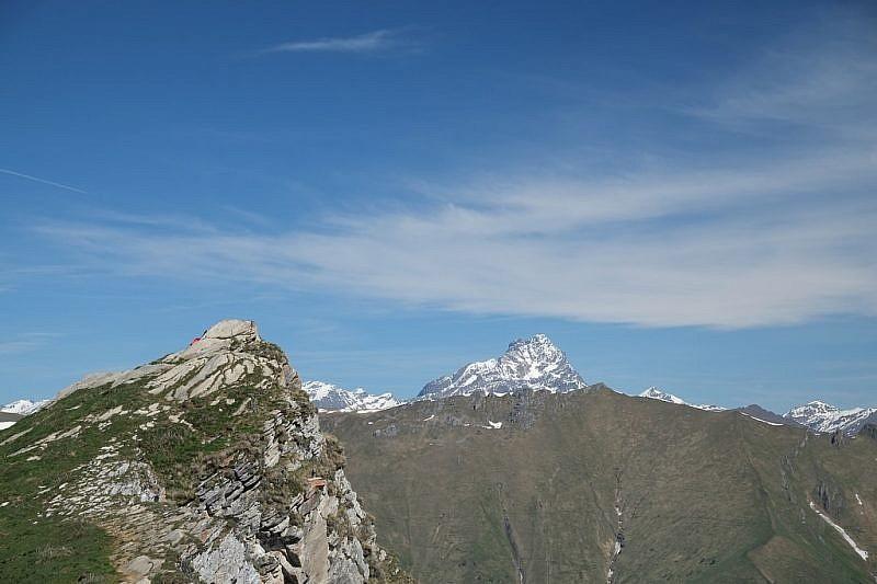 la Rocca Cucuja e il Monviso
