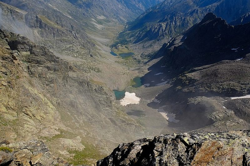 Il vallone dell'Ischiator visto dalla cima sud