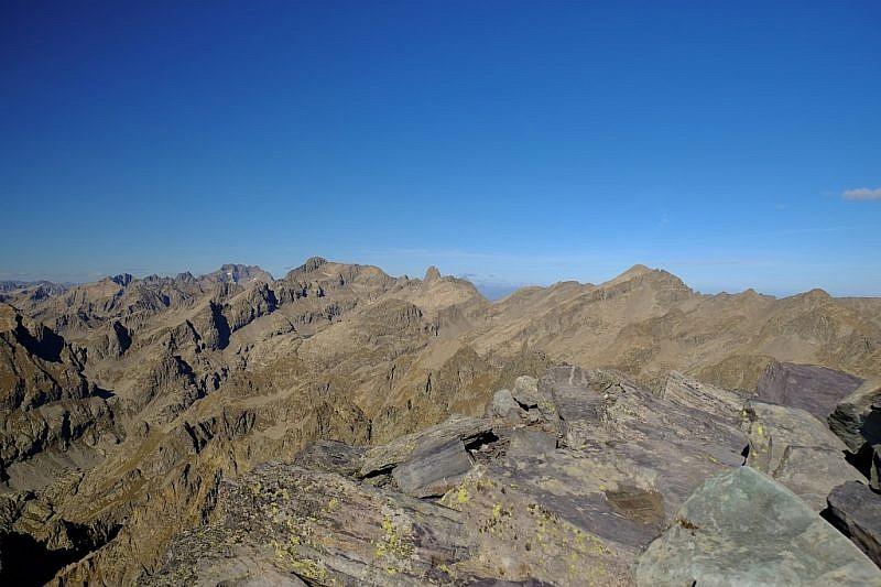 Veduta dalla cima verso Argentera, Gelas, Maledia e Clapier