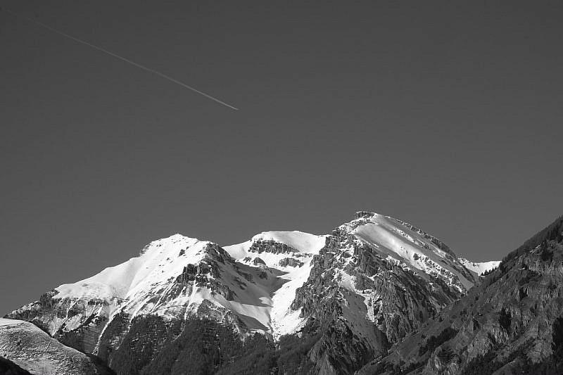 Al centro, il Monte Nebius