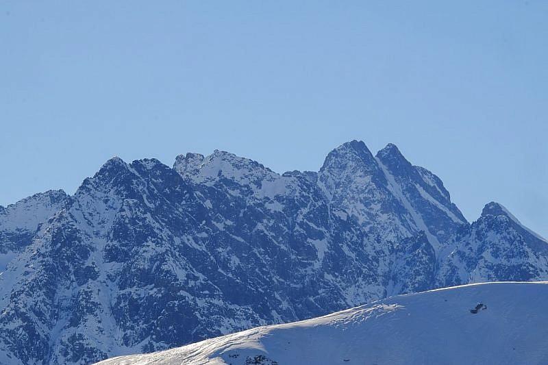 …e il Monte Stellacon a fianco ilCanalino di Lourusa
