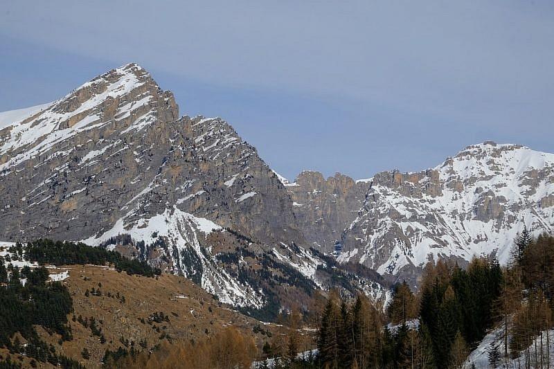 Al ritorno, veduta sul Bersaio (sin.) e sul Monte Nebius (a destra)