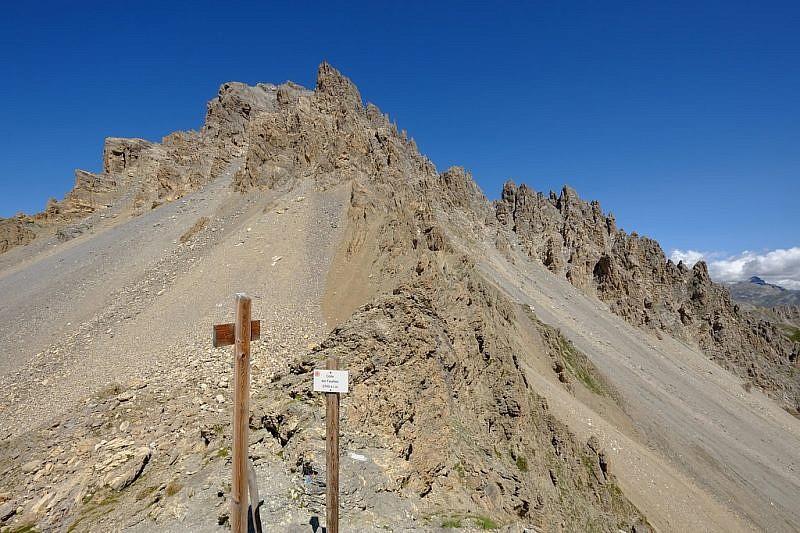 Dal colle Feuillas, veduta sul Monte Oronaye