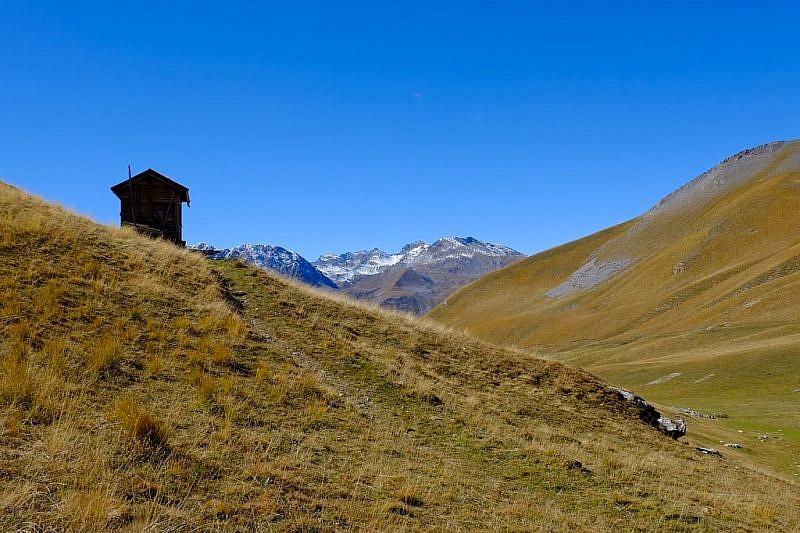 Da borgata Castello alla cima della Montagnetta