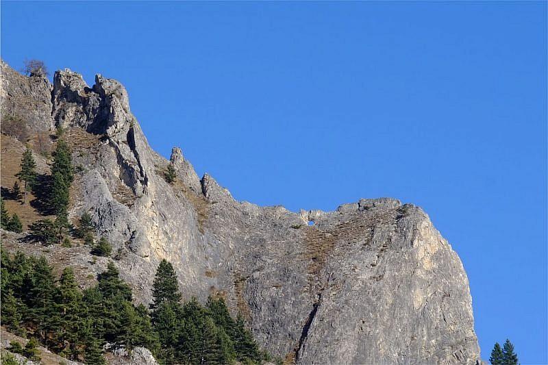 """La famosa """"finestra nella roccia"""" vista dalla parte opposta"""