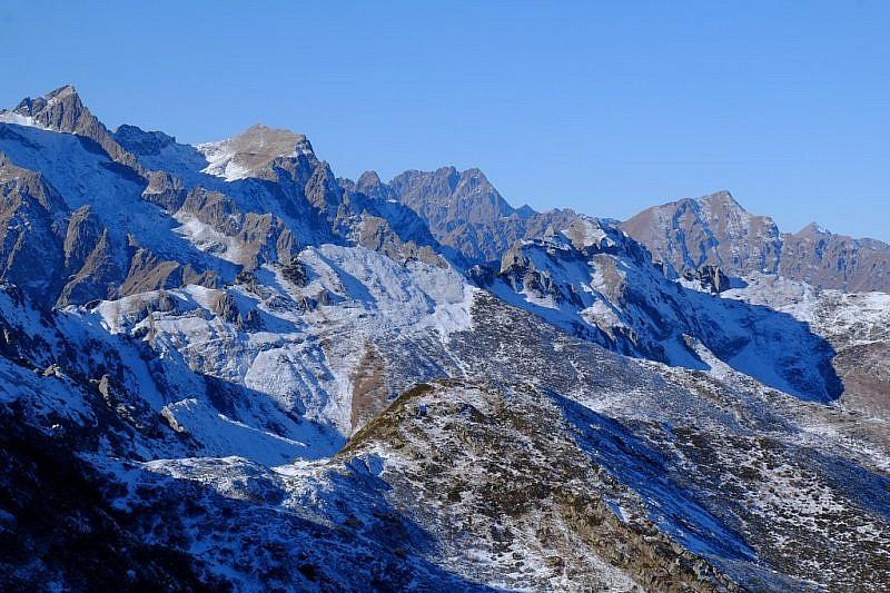 Più a sinistra il monte Aiera e lo Steirà
