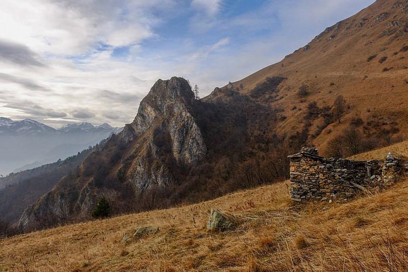Roccia Castello al centro della foto