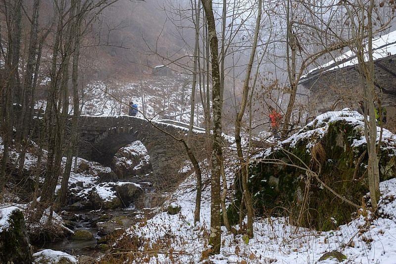 Dal ponte di pietra, dopo la borgata Arneodi