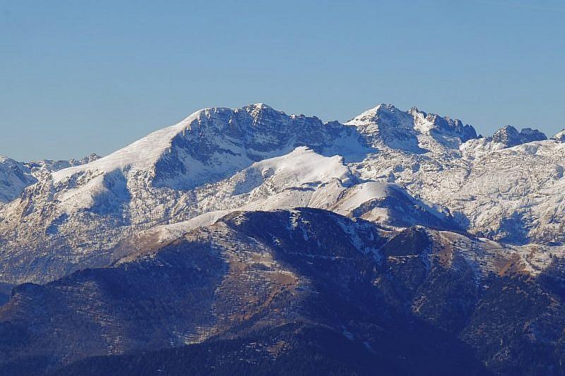 …e verso il monte Bego e il Grand Capelet