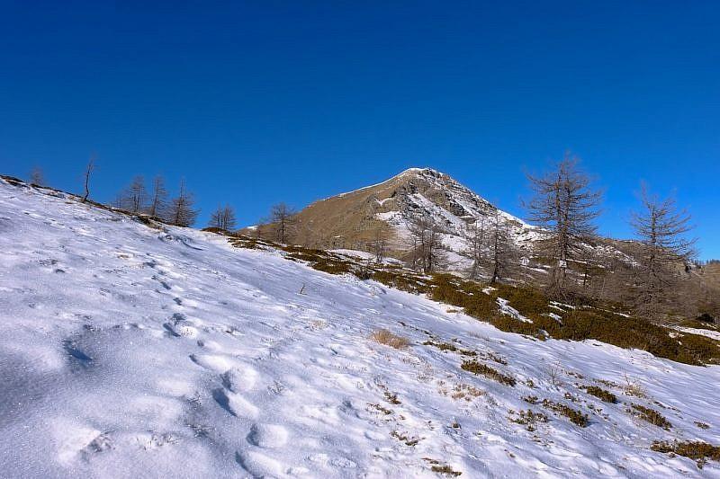 …con il monte Bertrand che si staglia sullo sfondo