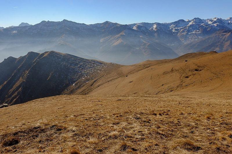 Dal monte Cauri, veduta sul monte Freura